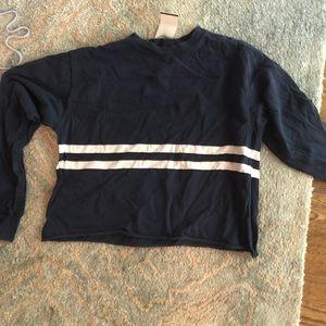 Cropped long sleeve t shirt